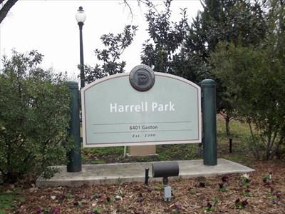 Harrell Park - Dallas, TX - Municipal Parks and Plazas on