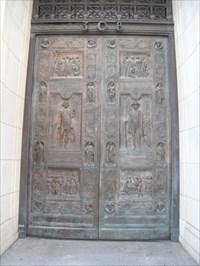 View waymark gallery. Scottish Rite Cathedral Doors ... & Scottish Rite Cathedral Doors (sculpture) - San Antonio TX ...