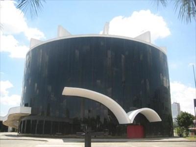 Oscar Fashion 1987 on Oscar Niemeyer   Latin American Parliament Headquarters   Sao Paulo