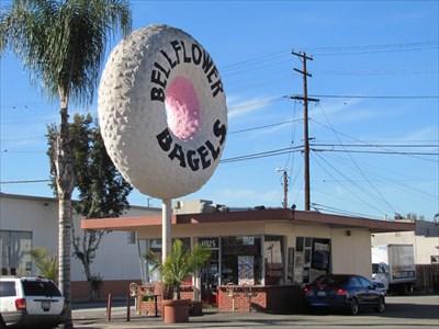 Bellflower Bagels, Looking South, Bellflower, California