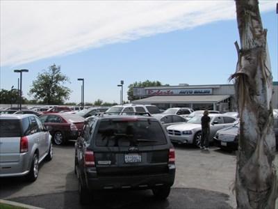 Roberts Auto Sales Car Lot, Modesto, CA