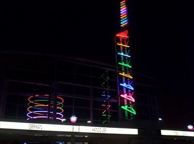 regal santiam 11 salem oregon artistic neon lights on