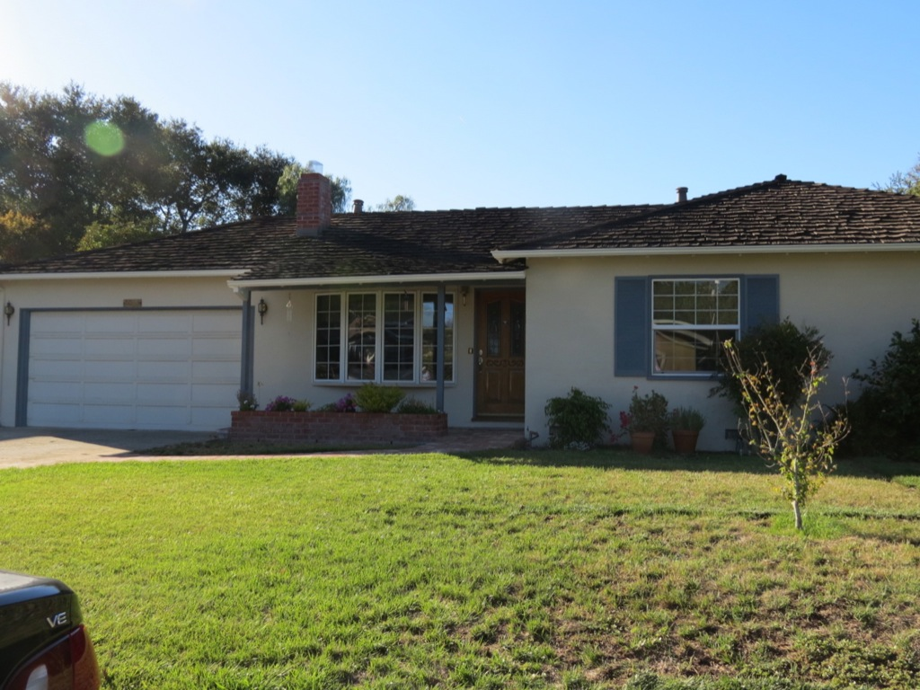 Steve Jobs Home from Front