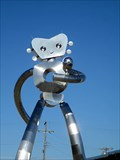 Image for Dallas, Texas: Traveling Man - 38-Foot-Tall Robot Gumby