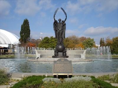 Shrine Peace Memorial Fountain Toronto Ontario Canada Fountains On