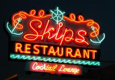 Skip S Family Restaurant Chelmsford Ma Artistic Neon Lights On Waymarking