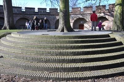 Gezien tijdens een wandeling door Leiden samen met Vrienden