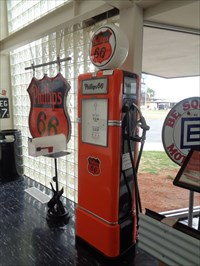 veritas vita visited Rt 66 Museum pump