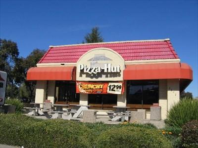 hut first st gilroy ca pizza hut restaurants on