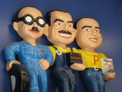 Pep Boys, Pane 1, Pasadena, CA