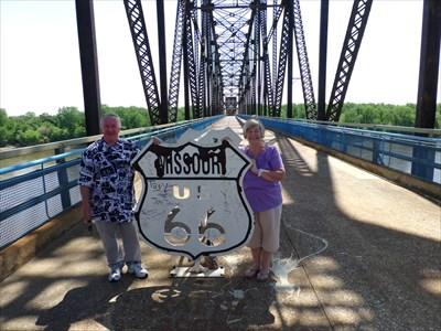 veritas vita visited Illinois-Missouri Border