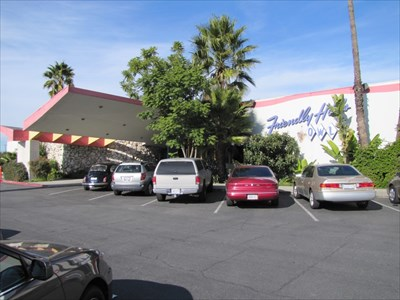 Friendly Hills Bowl Building, Whittier, California