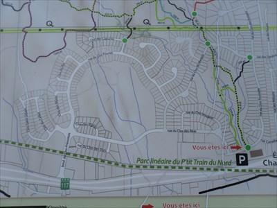 Vue générale de la carte des sentiers et  l