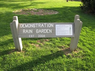 Rain Garden Springfield Botanical Garden Springfield Illinois Demonstration Gardens On
