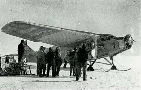 The first flight to the South Pole