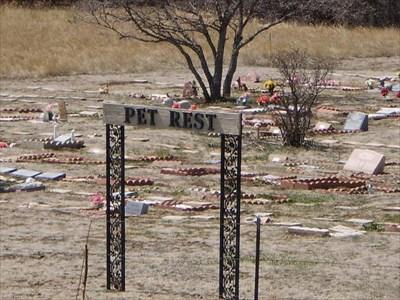 Pet rest memorial park colorado springs co pet - Memorial gardens colorado springs ...