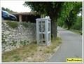Image for Un téléphone dans un village - Buoux, France