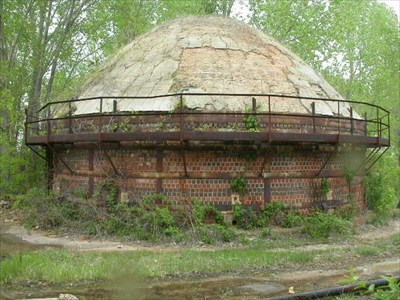 There are still some kilns left from the brick and tile firing days at the quarry.
