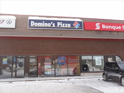 Petit resto de pizza.