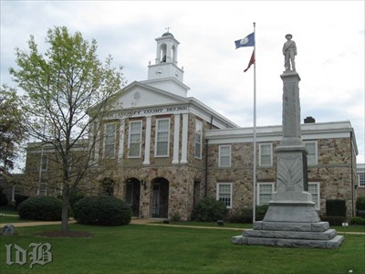 The monument stands at the Warren County Courthouse in Front Royal.
