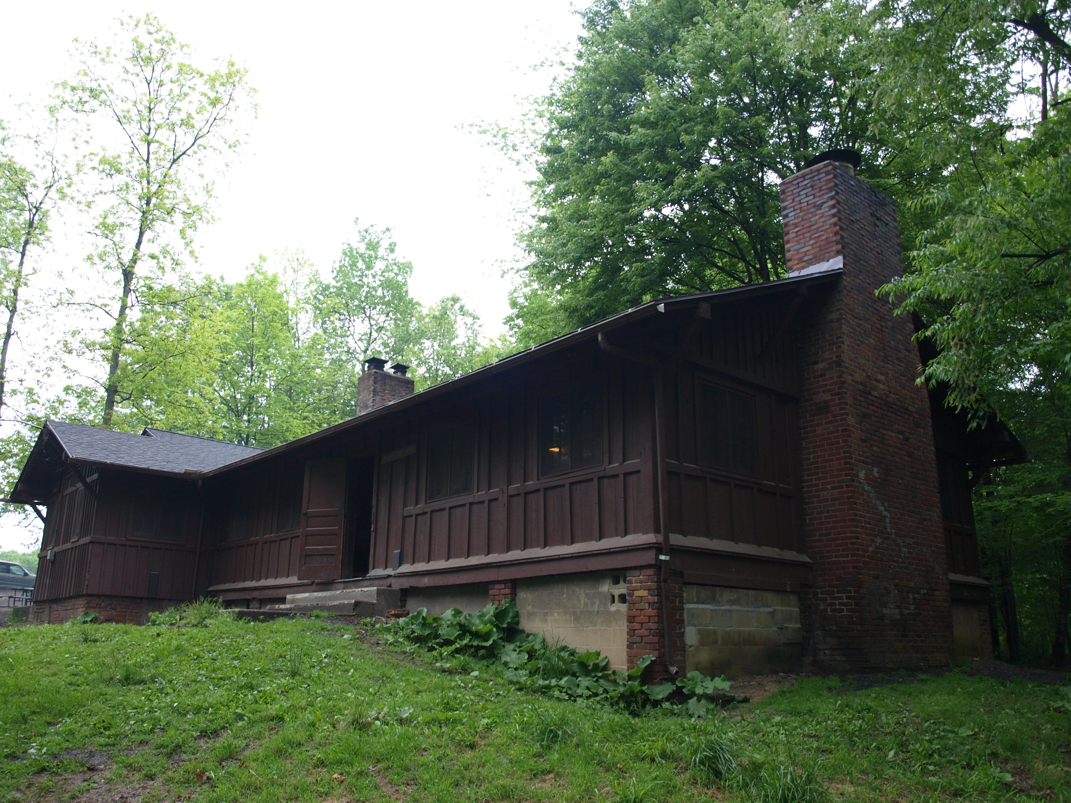 ohio laurelville midwest hocking cabin in of for cabins the forest four hills traditional unitedstatesofamerica secluded