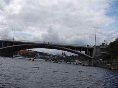 Stefanikuv Most, Prague