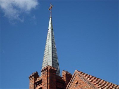 Looking up at the Steeple of the Uniting Church.1622, Sunday, 4 February, 2018