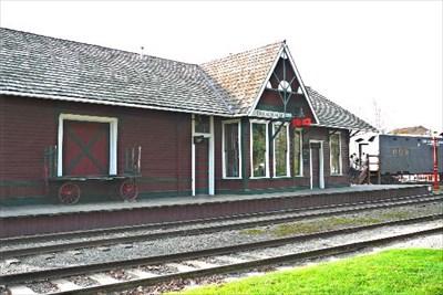 Tourism issaquah depot museum issaquah washington for Home depot woodinville