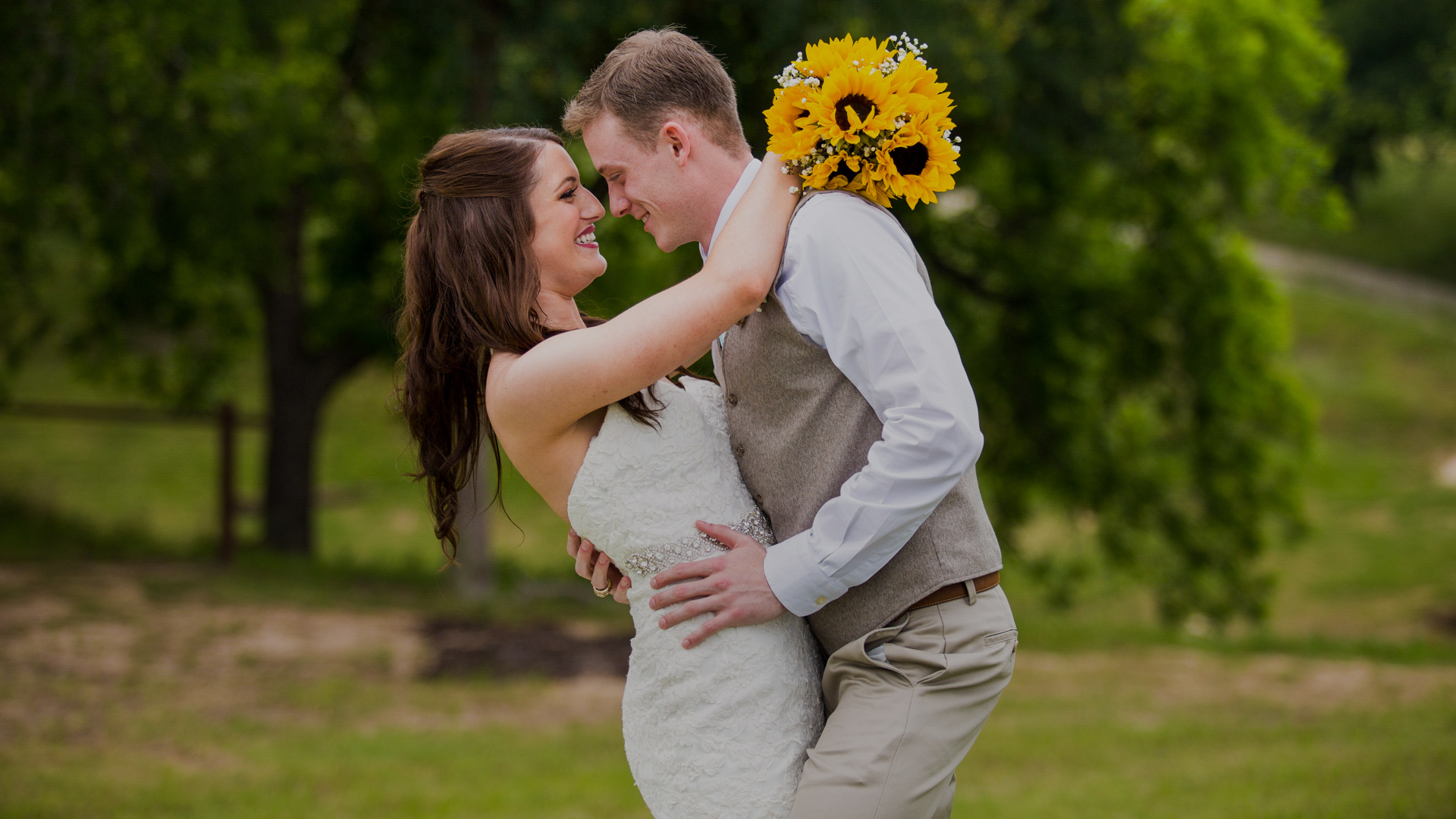 Check portfolios, pricing and availability for wedding photographers in Dallas