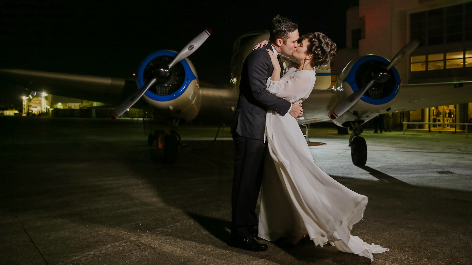 Check portfolios, pricing and availability for wedding photographers in Houston