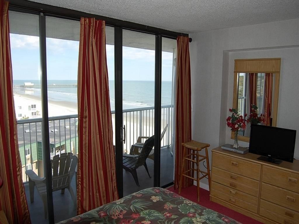 Sands Ocean Club 723 Image 3