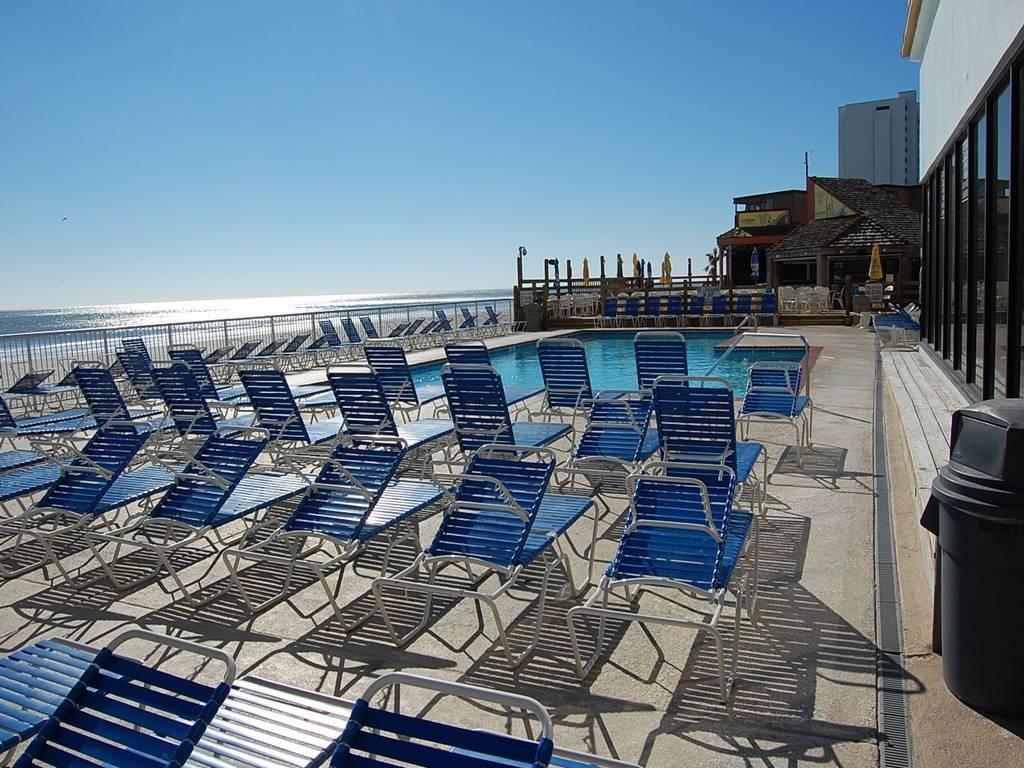 Sands Ocean Club 929 Image 9