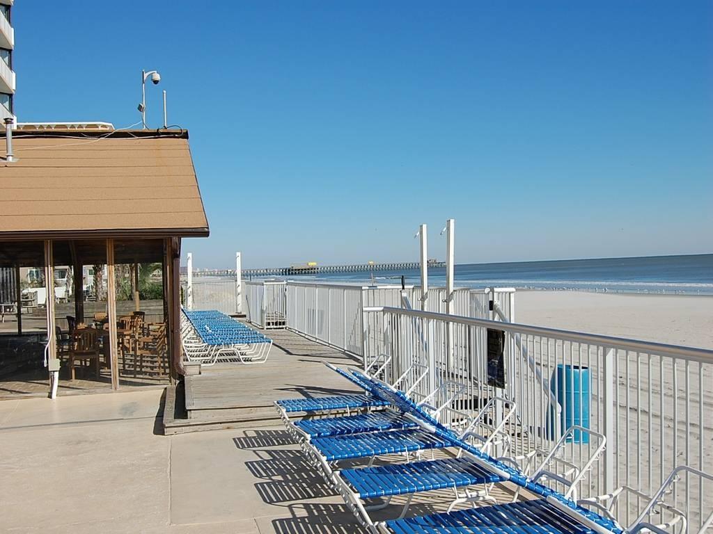 Sands Ocean Club 932 Image 5