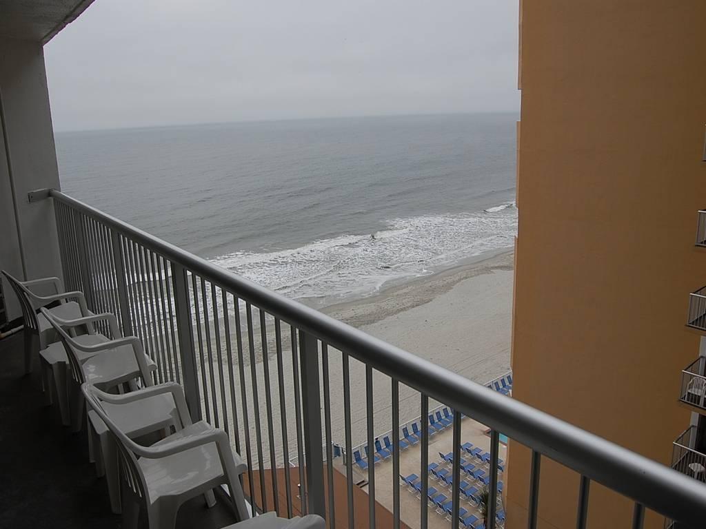 Sands Ocean Club 932 Image 11