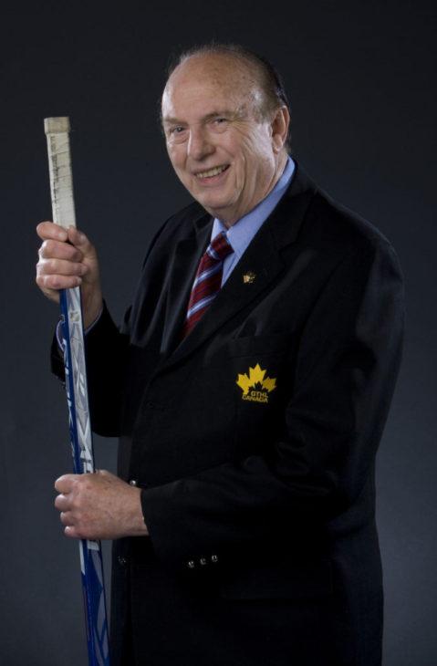 April 1 2009- John Gardner, GTHL president. Portrait of Garder in the studio for mary Ormsby feature. (DAVID COOPER / TORONTO STAR)dac