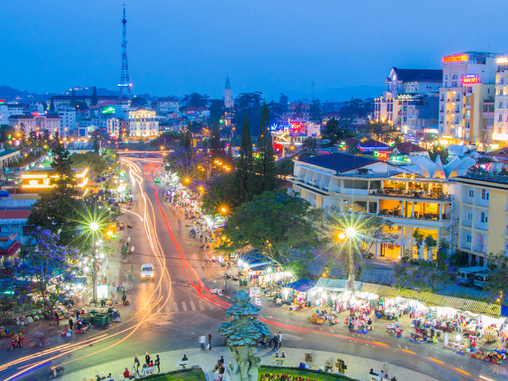 10 Day Vietnam Tour (land only)