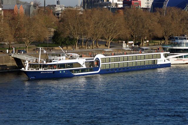 boatbanner.jpg