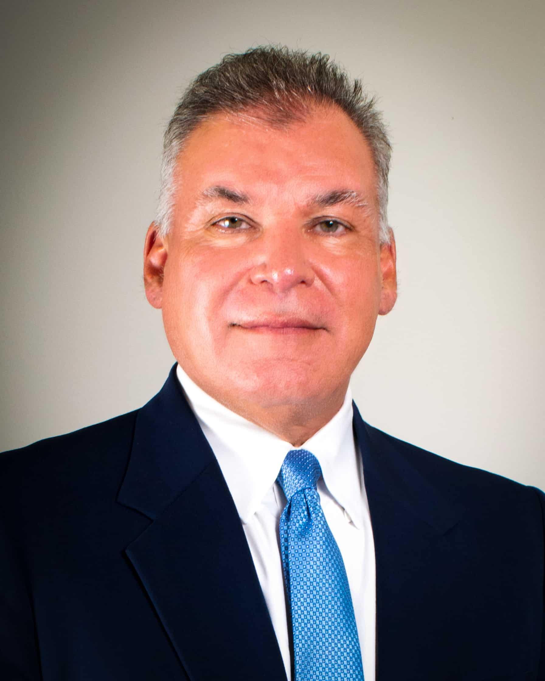 Carlos L Guerra