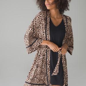 4. cn robe lifestyle