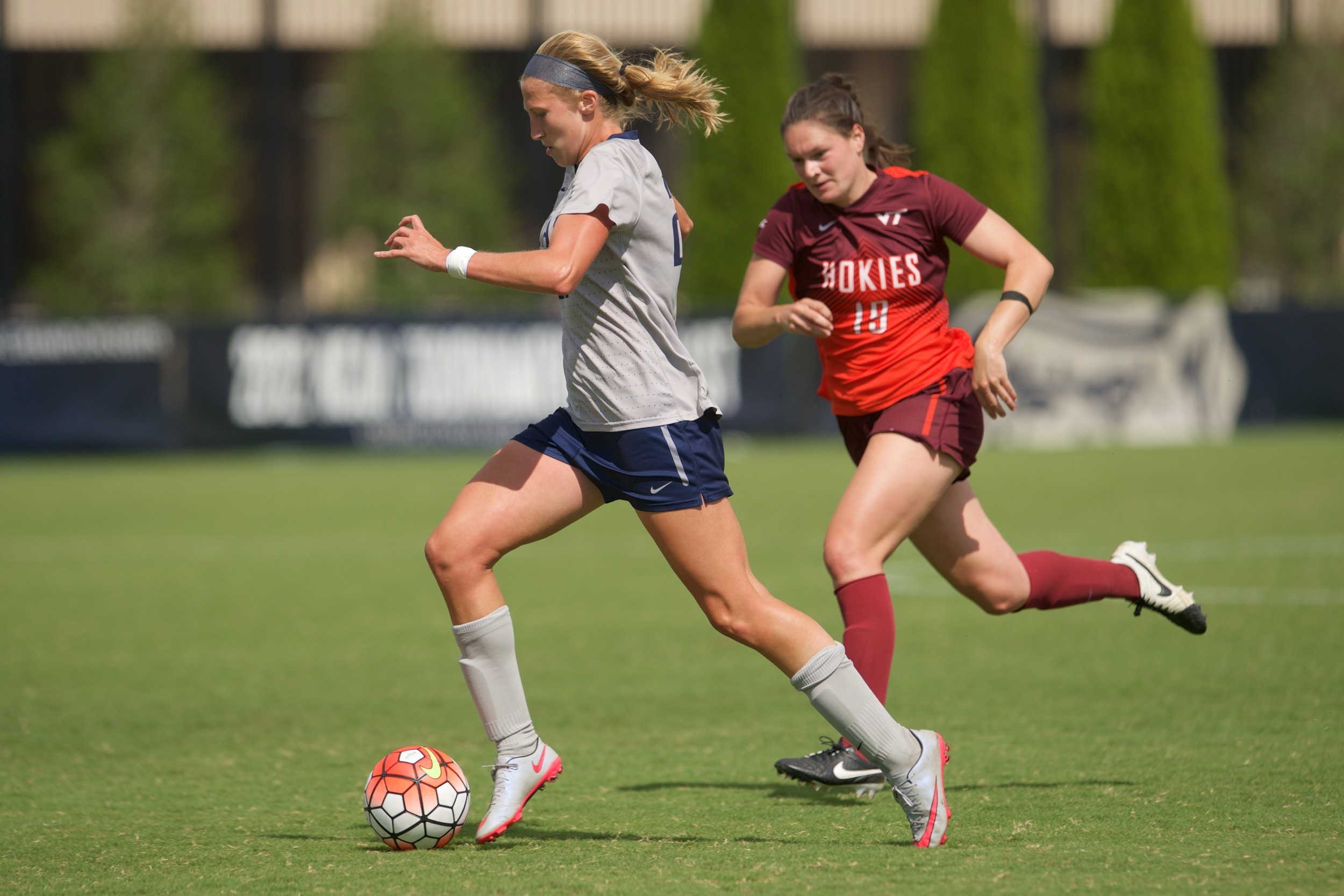 Grace Damaska was named to the BIG EAST Weekly Honor Roll on Monday.