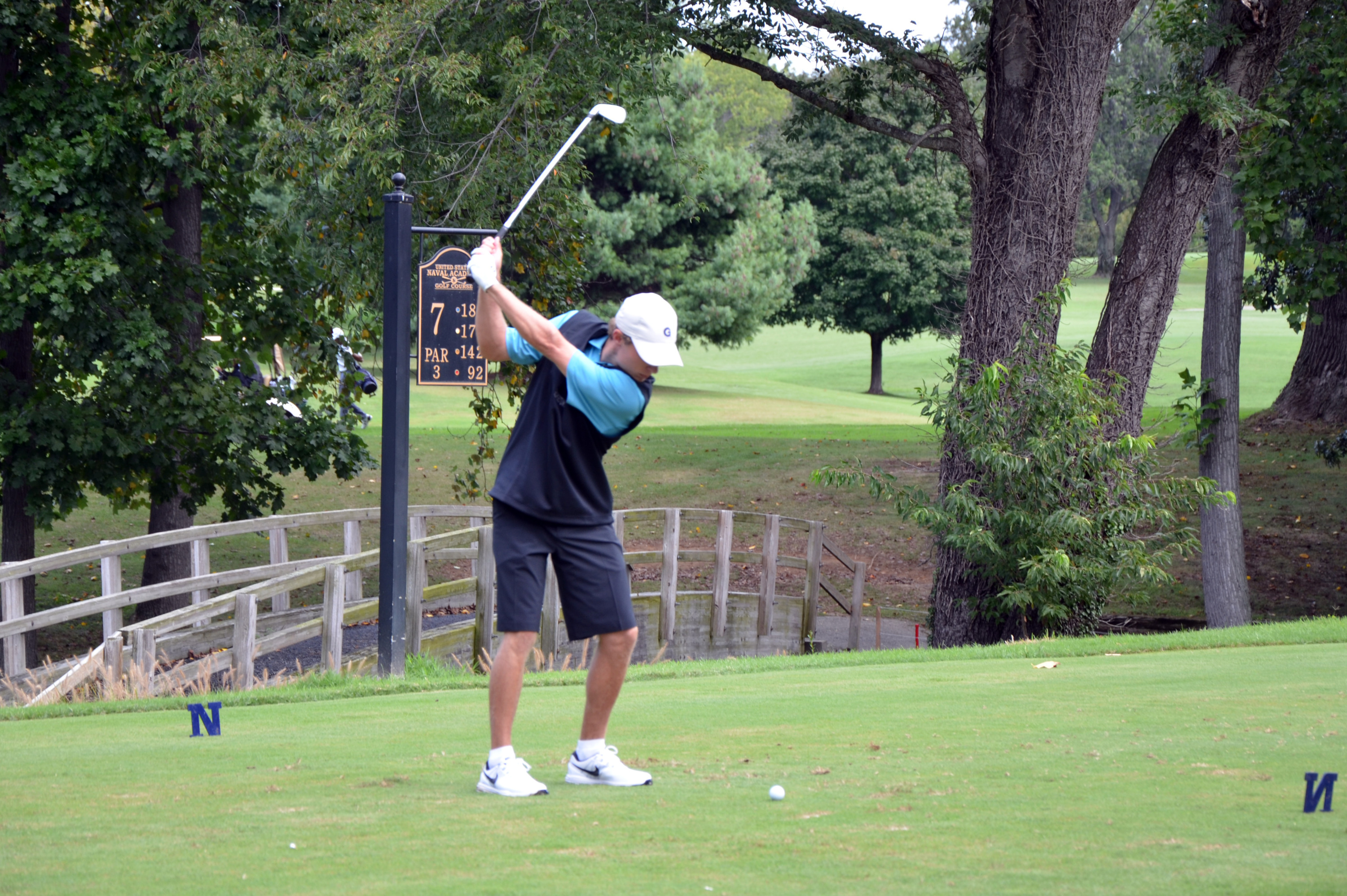 Harrison Rhoades is currently tied for 12th place at the Windon Memorial Classic.