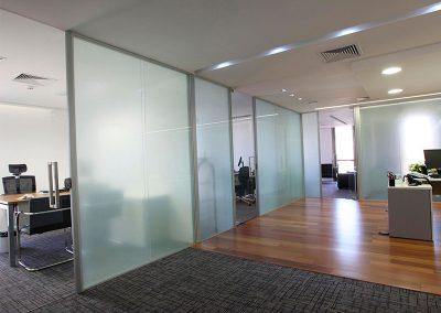 ds-divisória-de-vidro-escritório3