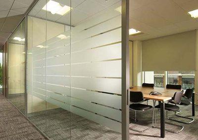 ds-divisória-de-vidro-escritório4