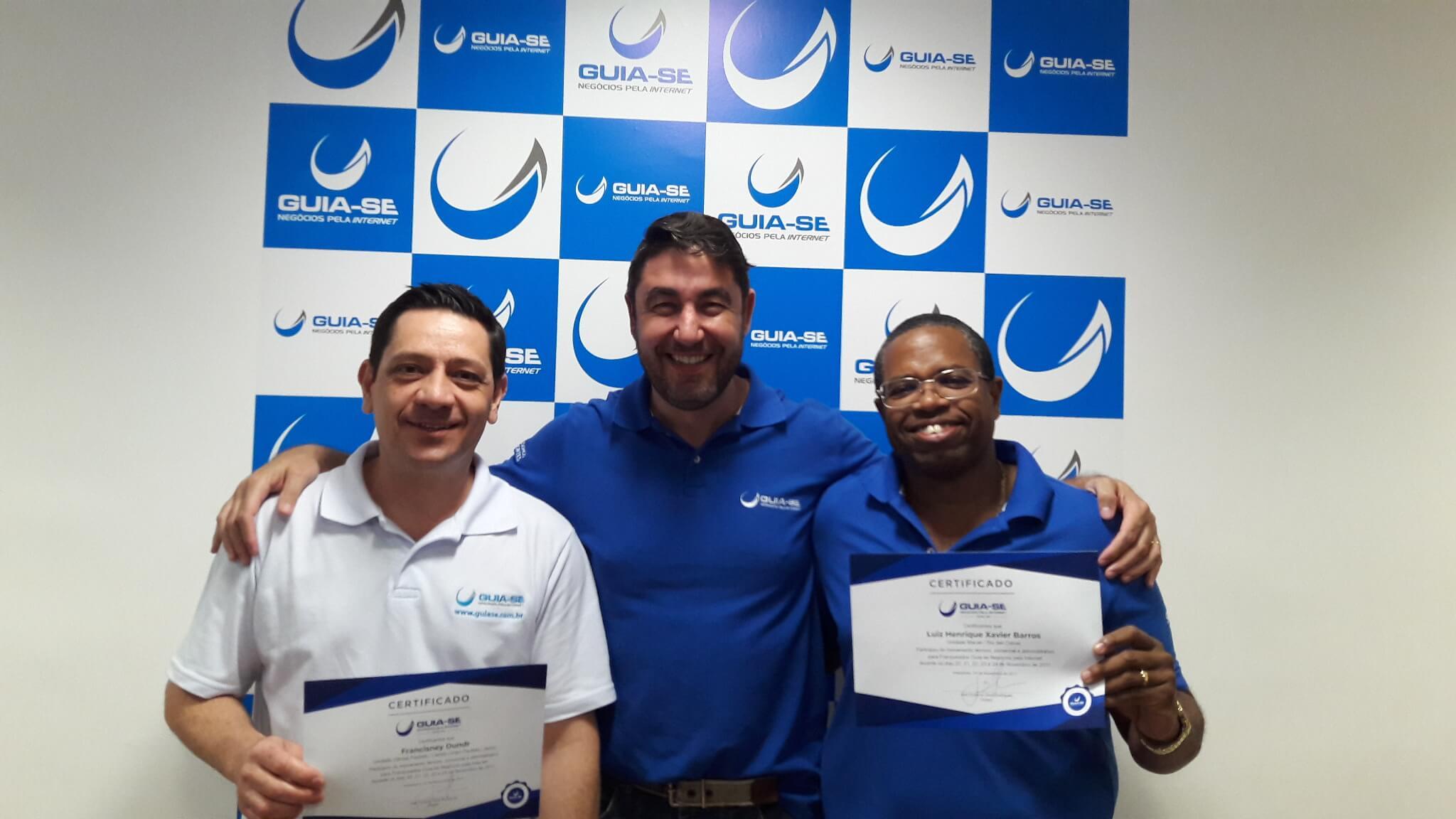 7f10079bd Francisney e Luiz Henrique recebem certificação do CEO da Guia-se