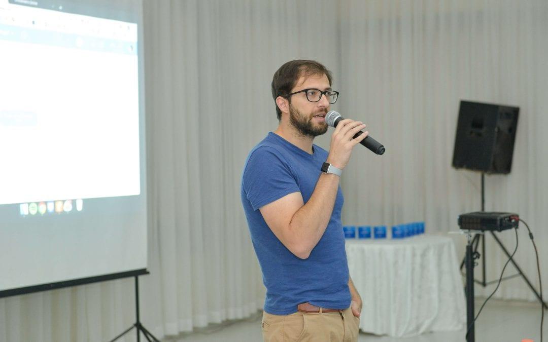 Luciano Larrossa fala sobre Facebook para Negócios na Convenção da franquia home based