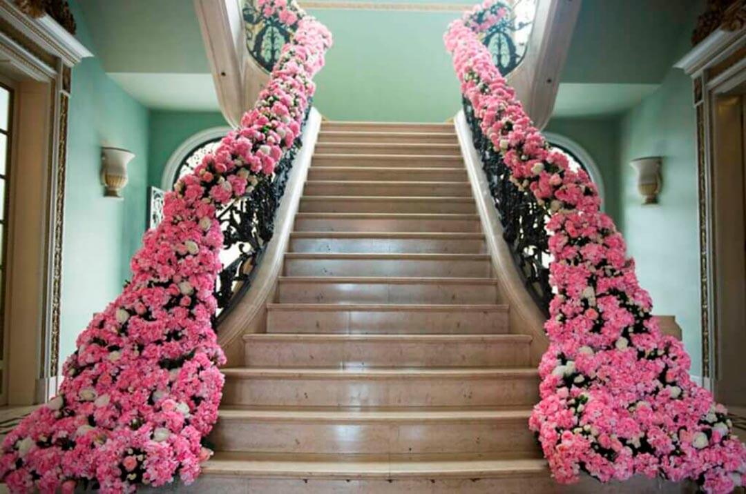 Decoração aniversário de 15 anos - Festejare Decorações e Flores