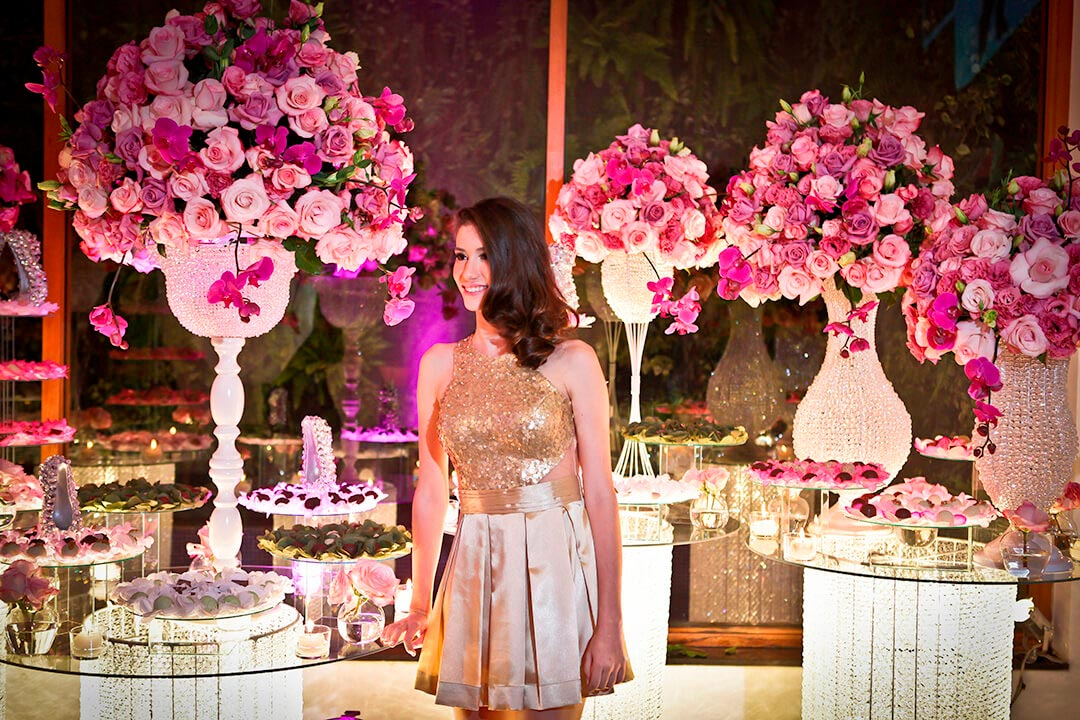Decoração festa de debutante - Festejare Decorações e Flores