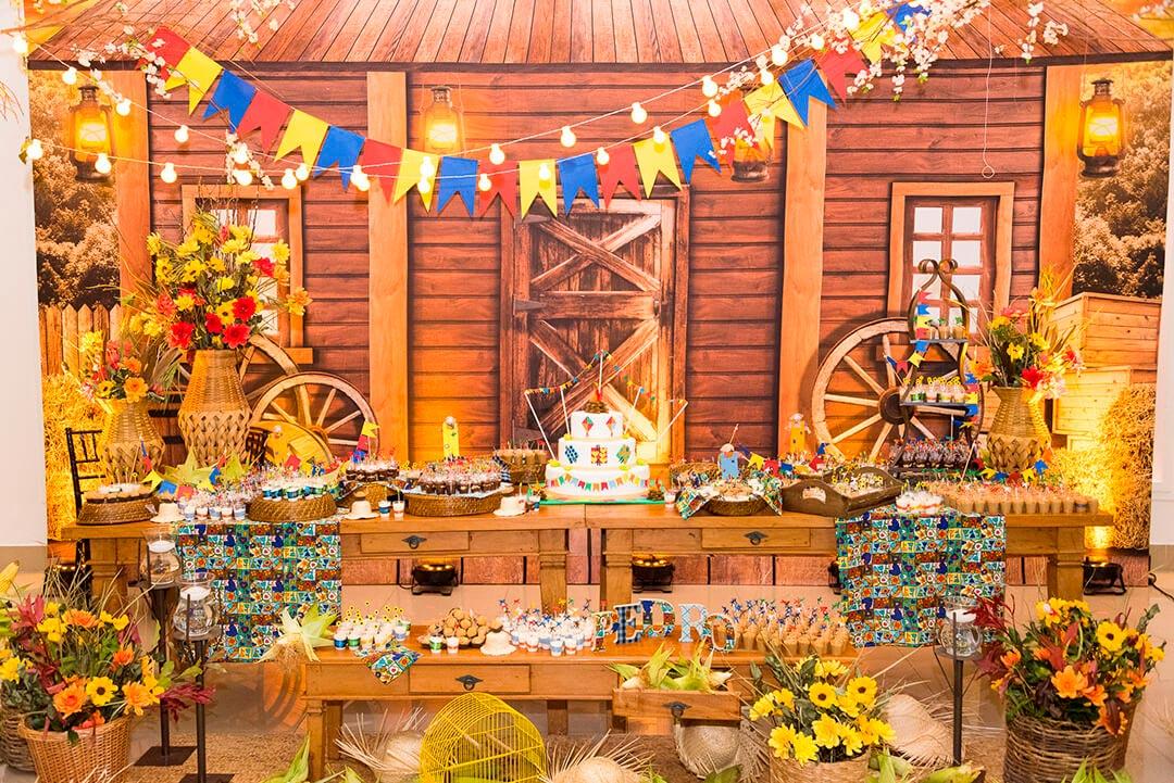 Decoração infantil tema festa junina - Festejare Decorações e Flores