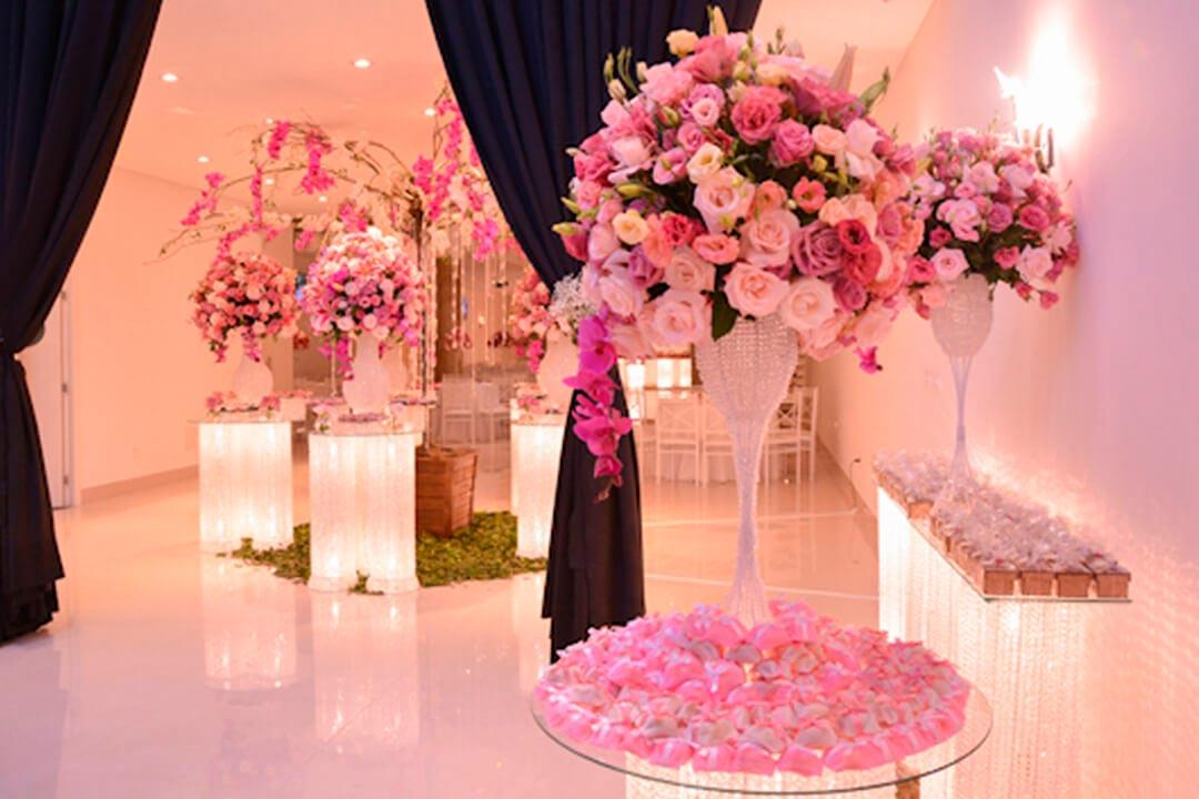 Decoração do salão de festas do casamento - Festejare Decorações e Flores