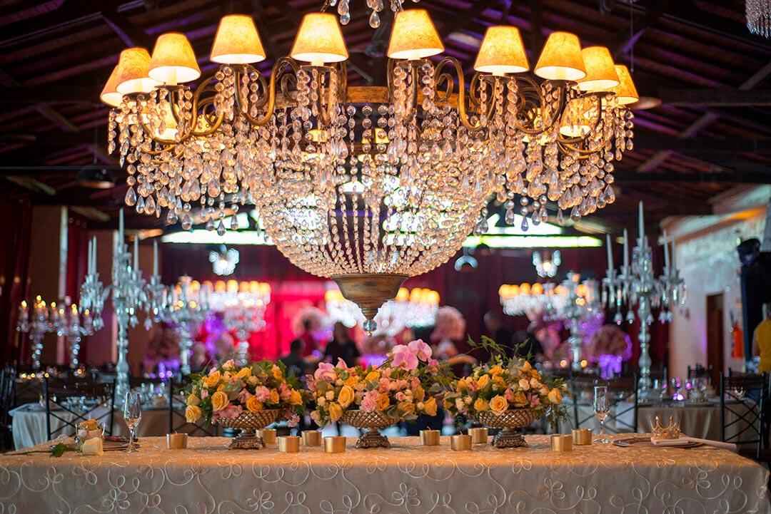 Decoração temática realeza francesa - Festejare Decorações e Flores